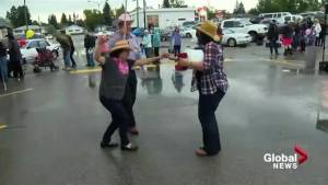 Soggy stampede can't keep Calgarians down