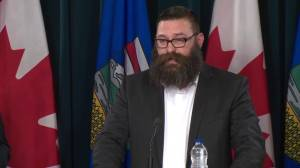 Third party reviews offers recommendations for Fort McMurray wildfire response (06:50)