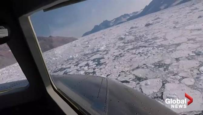 NASA scientists share startling images of Greenland's melting ice