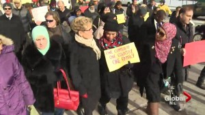 Hundreds march in Toronto against Islamophobia
