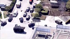 Police say 1 woman believed to be suspect in YouTube HQ shooting dead, 4 injured