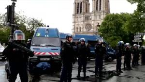 Police stop man wielding hammer outside Paris' Notre Dame