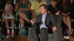 Wayne Gretzky talks playing hockey with Canadian legend Terry Fox
