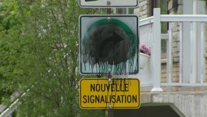 Traffic sign squabble continues in Anjou
