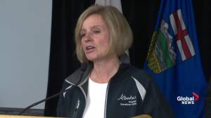 Rachel Notley says she discussed collapse in oil prices with Justin Trudeau