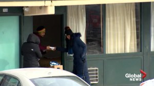 Volunteers buy hotel rooms to shelter Chicago homeless during freezing temperatures