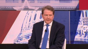 White House blocks McGahn from testifying, Trump tells him to defy subpoena