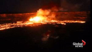 Time lapse captures lava flowing from Hawaii's Kilauea Volcano