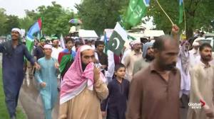Pakistanis protest in Islamabad against Indian action in Kashmir
