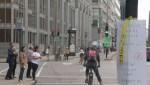Cyclists fed up with traffic lights on de Maisonneuve Boulevard