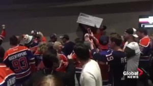 Oilers fans win big at Edmonton/Las Vegas game in Sin City