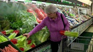 Tips to save money at the grocery store amid high food prices