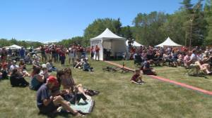 'It's the best country in the world to live in': Thousands in Regina celebrate Canada Day (02:13)