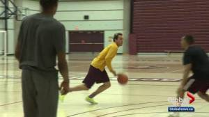 Basketball player with U.S. experience commits to MacEwan University