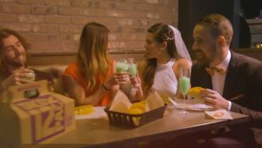 Taco Bell Wedding.Want To Get Married In Las Vegas Say I Do At Taco Bell