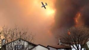 Fort McMurray fire update: Blazing heat, strong wind expected to hinder emergency crews