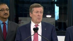 John Tory announces purchase of 1,000 new TTC buses, refurbishment of about 630 vehicles