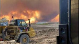 Northern Alberta remains on high alert as High Level wildfire rages on