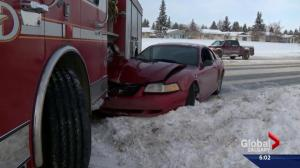 Firetruck, ambulance struck in separate Calgary fender benders due to icy roads