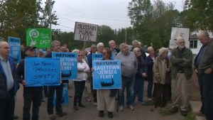 Gagetown residents rally over discontinued ferry service