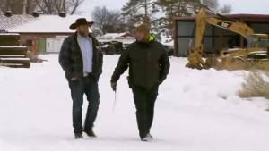Oregon militia standoff at wildlife refuge enters 3rd day