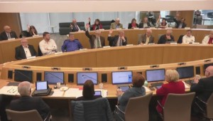 Metro Vancouver board to reconsider pay raise and retirement allowance