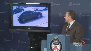 Toronto police release images of suspect vehicle involved with Toronto mall shooting