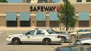 Daytime shoplifter assaults three