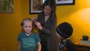 Six-year-old boy shaves head in solidarity with cancer-stricken friend
