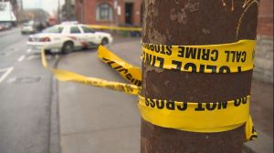 Toronto police seek 2 suspects after double stabbing