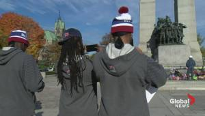 Alouettes players pay homage to Cirillo at War Memorial