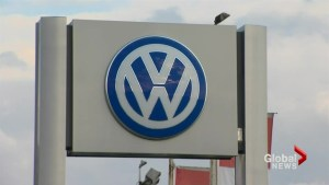 Volkswagen agrees to settle $2-billion class action suit