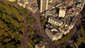 Tens of thousands rally on streets of London, U.K. demanding second Brexit vote