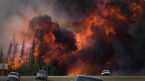 Slave Lake vs. Fort McMurray: How do the two wildfires compare?