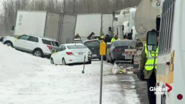 At least 20 cars involved in pileup on Highway 15, south of