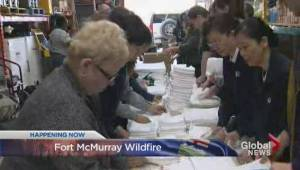 Fort McMurray wildfire: Canadians ready to help however they can