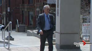 Defence says evidence tying Dennis Oland to father's murder is circumstantial