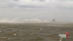 Lake Ontario churns up huge waves as wind warning issued for southeastern Ontario