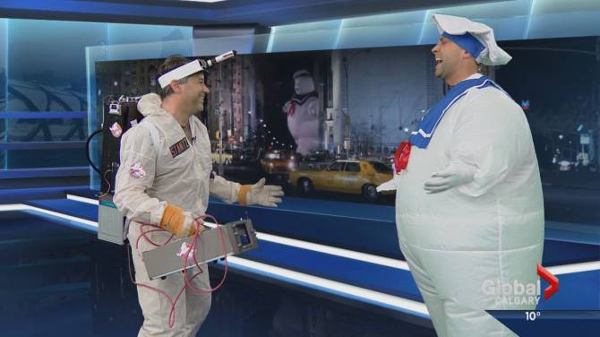 globals meteorologist jordan witzel and director michel gosselin recreate the iconic stay puft marshmallow men vs the ghostbusters scene for halloween - Meteorologist Halloween Costume