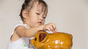 How to teach young children about money