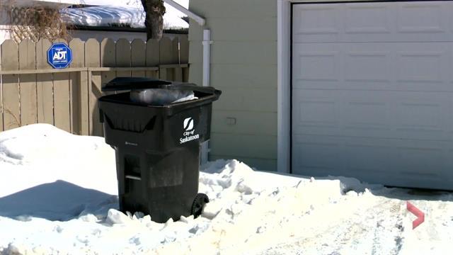 Saskatoon city council pushes back organics collection to 2023