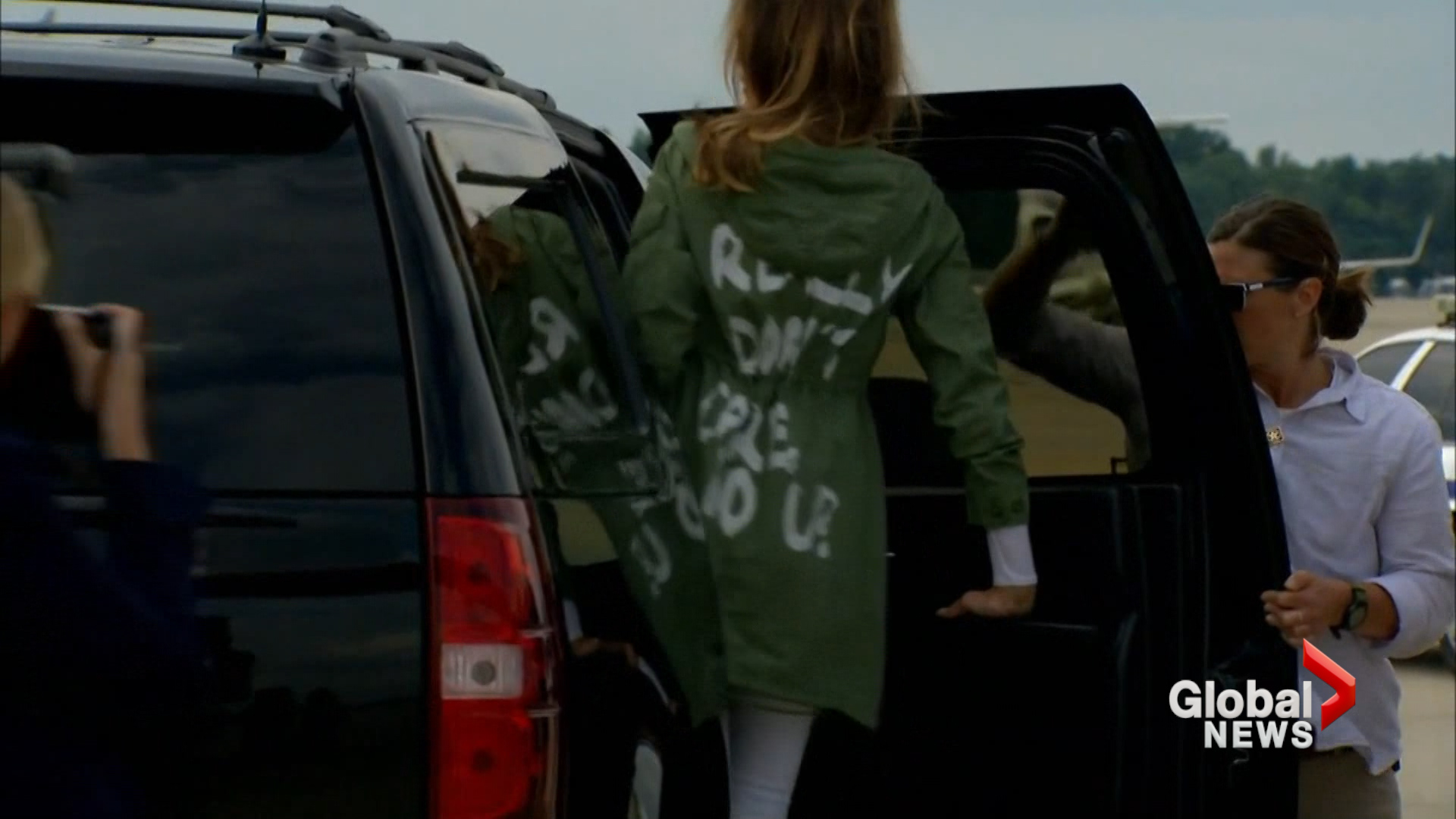 Melania 'deliberatelty' wore 'I don't care' jacket to meet child migrants
