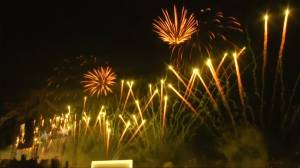 Dazzling fireworks display rings in New Year in Dubai