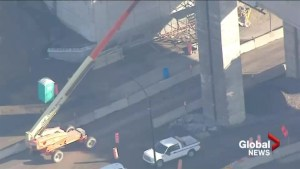 Concrete falling from Turcot Interchange prompts concerns