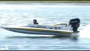 Power boat racing hits Little Lake in Peterborough