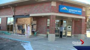 Suspect arrested after Alberta robbers drive tanker truck into Credit Union
