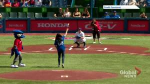 Teen from Attawapiskat First Nation throws first pitch at Toronto Blue Jays game