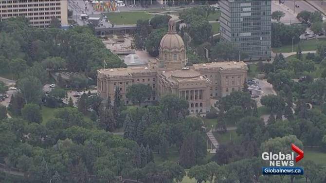 Alberta legislature boss chides both UCP, NDP in earplug spat