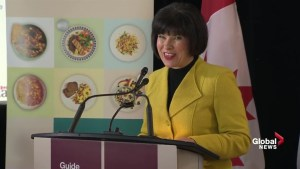 Health Minister unveils Canada's new food guide
