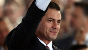 Mexico's Pena Nieto demurs on Trump border stance